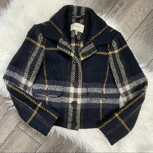 Burberry plaid wool coat button up pockets